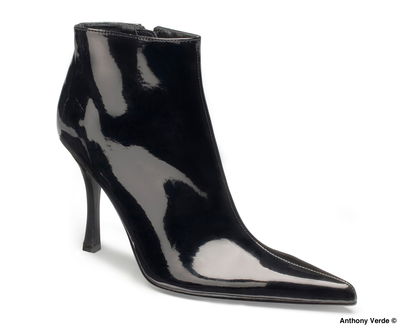 black-patent-leather-boot-product-photography