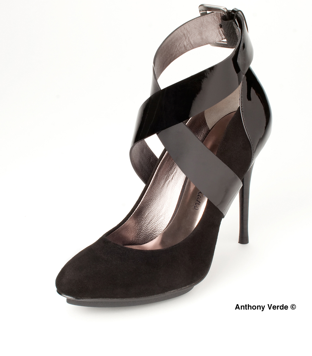 black-heels-product-photography