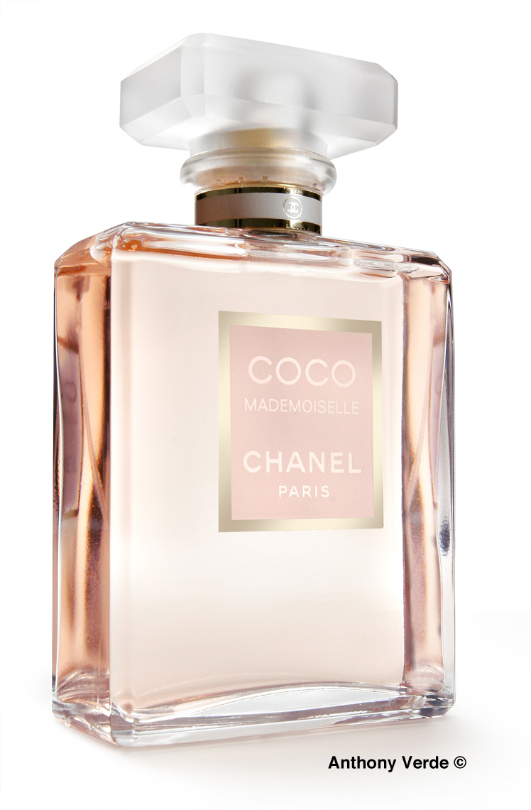 coco-perfume-product-photography